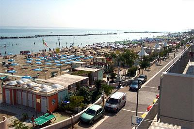 Residence le vele bagno maria 40 bellaria igea marina rn - Bagno romano igea marina ...